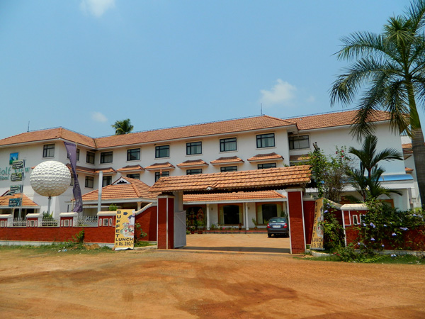 Airport Golf View Hotel & Suites, Nedumbassery, Cochin