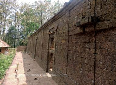 Kurumathoor Illam_The wall of the abandoned Granery now in the temple