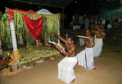 Pana Pidutham, the group performance (file photo)