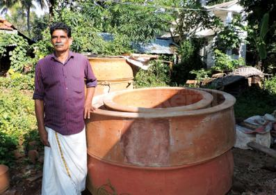 Potter - veerappan_With Mud Rings for Well