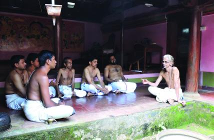 Vedic Chanting training at Edappal Naaras Mana